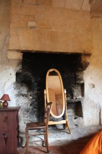 Les Chambres d'Hôtes Troglo du Rossignolet, Panziók  Loches - big - 8