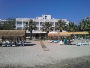 Eker Bermuda Hotel