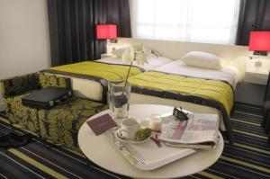 Classic Double Room with Queen Bed