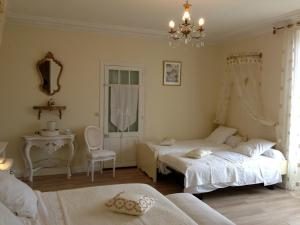 La Villa Bleue de Mauleon, B&B (nocľahy s raňajkami)  Mauléon - big - 8