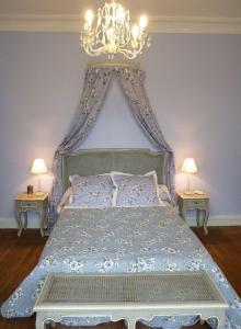La Villa Bleue de Mauleon, Bed and Breakfasts  Mauléon - big - 3