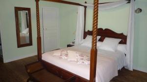 La Villa Bleue de Mauleon, Bed and breakfasts  Mauléon - big - 39