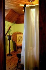 La Villa Bleue de Mauleon, Bed and Breakfasts  Mauléon - big - 41