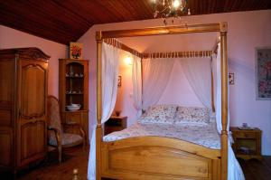 La Villa Bleue de Mauleon, B&B (nocľahy s raňajkami)  Mauléon - big - 14