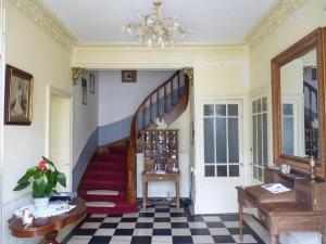 La Villa Bleue de Mauleon, Bed and Breakfasts  Mauléon - big - 35