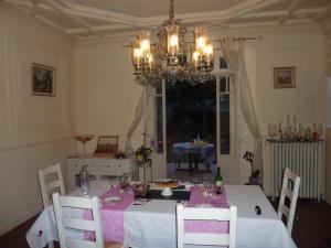 La Villa Bleue de Mauleon, B&B (nocľahy s raňajkami)  Mauléon - big - 46