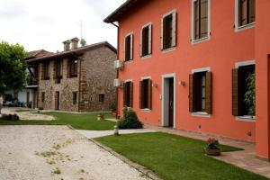 B&B Corte Alfier, Bed & Breakfast  Mortegliano - big - 5