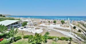 Beach Break, Aparthotely  Faliraki - big - 25