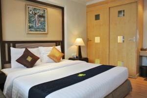 Executive Room with buffet breakfast
