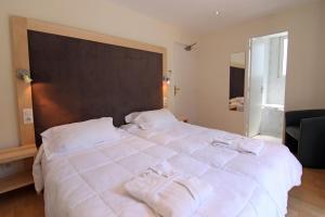 Inter-Hotel Mende du Pont Roupt, Отели  Манд - big - 9