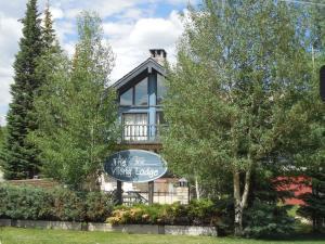 The Viking Lodge & Ski Shop