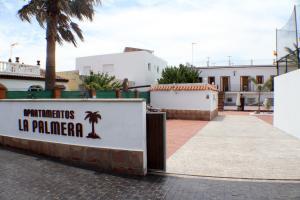 Apartamentos La Palmera, Apartmány  Conil de la Frontera - big - 14