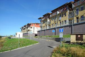 Apartmány Klínovec, Apartments  Loučná pod Klínovcem - big - 59