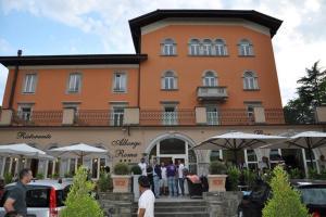 Albergo Roma, Hotel  Borgo Val di Taro - big - 9
