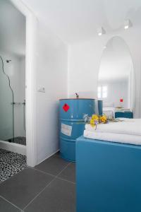 Almyra Guest Houses, Aparthotels  Paraga - big - 75