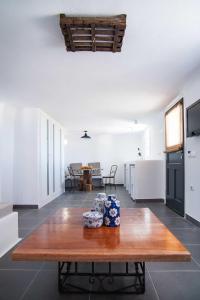 Almyra Guest Houses, Aparthotels  Paraga - big - 34