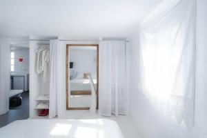 Almyra Guest Houses, Aparthotels  Paraga - big - 9