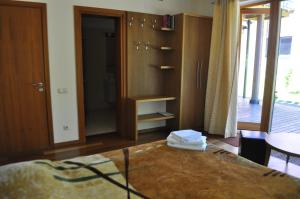 Holiday Villa Palanga, Holiday homes  Palanga - big - 20