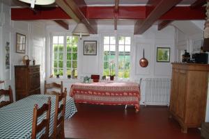 Chambres d'hôtes Manoir du Buquet, Bed & Breakfast  Honfleur - big - 37
