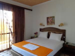 Angela Hotel, Hotely  Agia Marina Aegina - big - 4