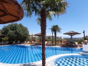 Angela Hotel, Hotely  Agia Marina Aegina - big - 1