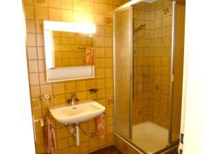 Berghotel Obersee, Hotely  Näfels - big - 19