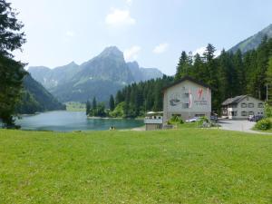Berghotel Obersee, Hotels  Näfels - big - 48