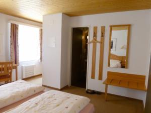 Berghotel Obersee, Hotely  Näfels - big - 24