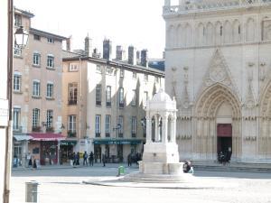 Vieux Lyon Cour Renaissance, Апартаменты  Лион - big - 30