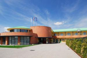 Luna Hotel Motel Airport - AbcAlberghi.com