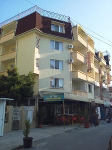 Krasi Hotel, Hotels  Ravda - big - 23