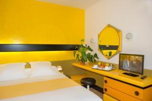 Hôtel Urbain V, Hotels  Mende - big - 14