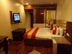 Hotel Aura, Отели  Нью-Дели - big - 31