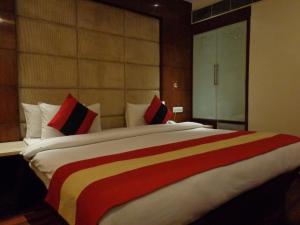 Hotel Aura, Отели  Нью-Дели - big - 26