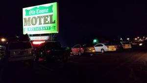 Old Towne Motel, Motels  Westby - big - 1