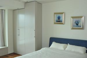 New Oriental Suites in Seasons Park, Апартаменты  Пекин - big - 17