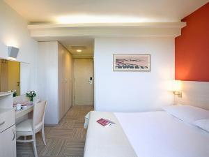 Valamar Crystal Hotel (15 of 32)