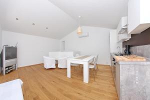 Apartments Vila Moli, Apartments  Bibinje - big - 13