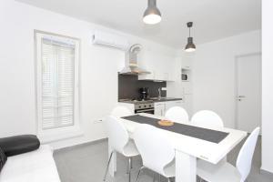 Apartments Vila Moli, Apartments  Bibinje - big - 29