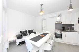 Apartments Vila Moli, Apartments  Bibinje - big - 33