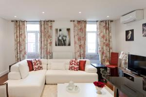 Lisbon Rentals Chiado, Apartments  Lisbon - big - 27