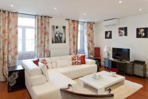Lisbon Rentals Chiado, Apartments  Lisbon - big - 34