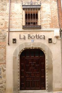 Casa Rural La Botica, Country houses  Oropesa - big - 32
