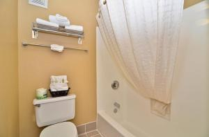 Double Suite with Two Double Beds - Non Smoking