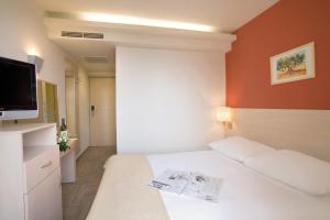 Valamar Crystal Hotel (11 of 32)