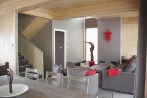 L'Aiguille Grive Chalets Hotel, Hotely  Arc 1800 - big - 9