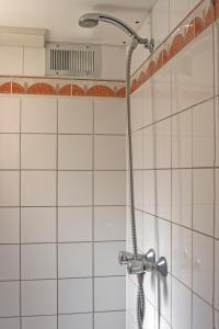 ベーシック ツインルーム 共用バスルーム