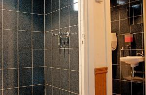 シングルルーム 共用バスルーム