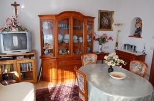 Haus Elfriede, Апартаменты  Мильстат - big - 19