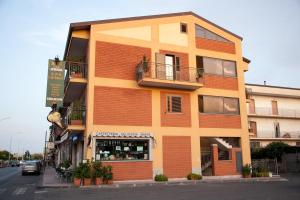 Caffè Nuovo 2 Holiday Rooms - AbcAlberghi.com